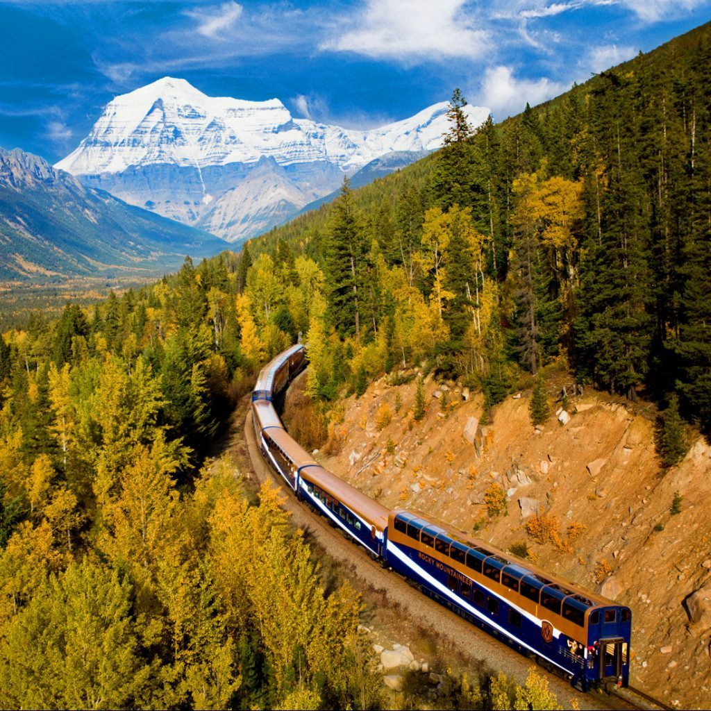 Naturally Rocky Mountaineer Rail 07 Night /08 Days