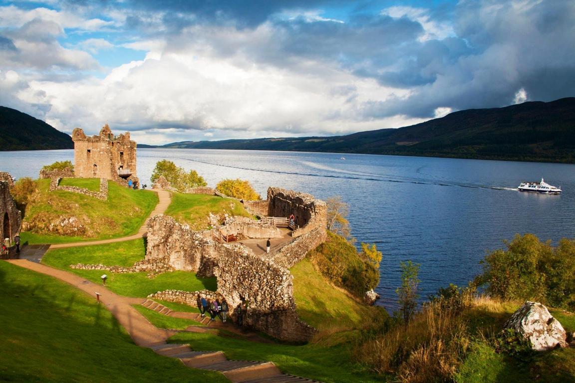 Whole Of United Kingdom With Ireland 20 Nights / 21 Days